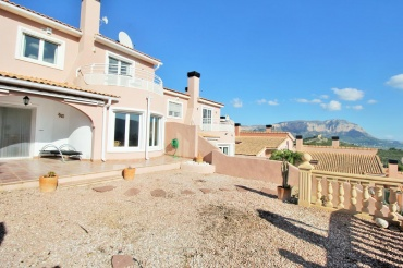Villa for sale Gata Residencial